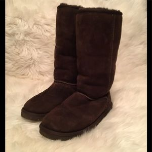 UGGS Brown Size Woman's 8 Great Condition